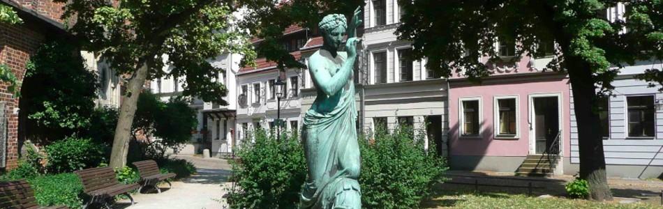 Nikolaiviertel, Skulptur